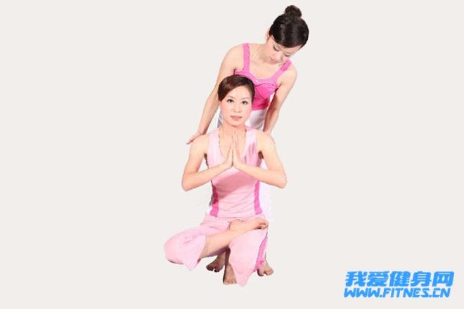 瑜伽体式 双手蛇式高清图片