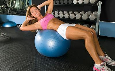 健身球锻炼方法图解